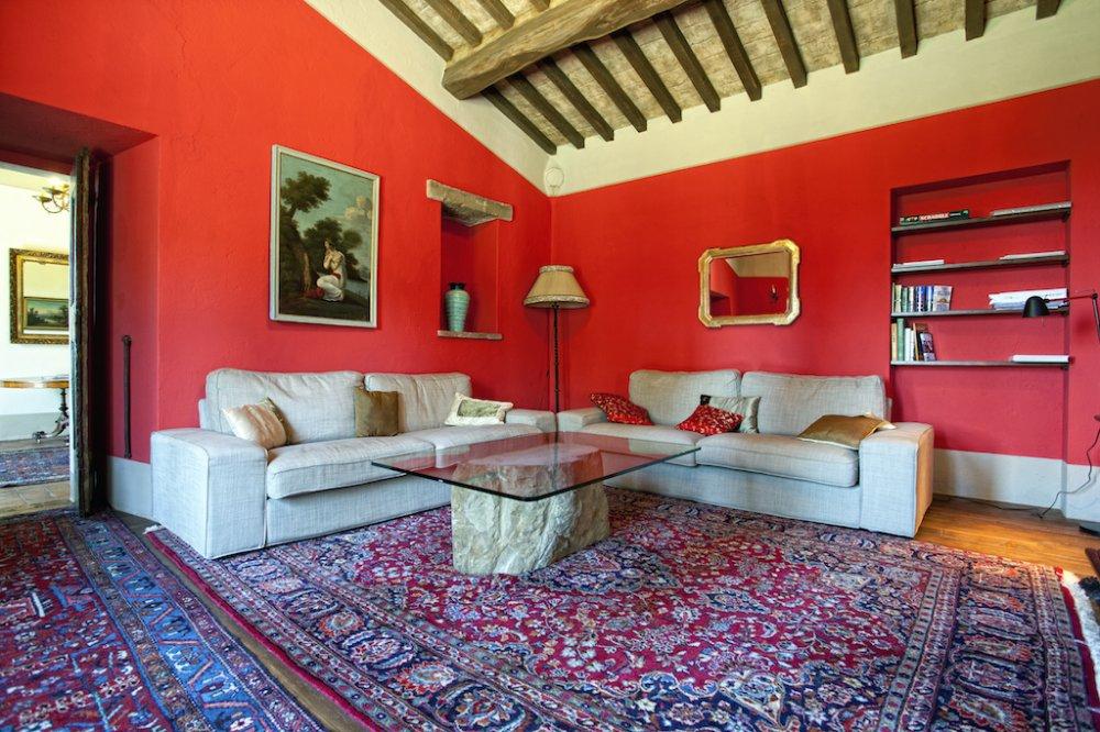 cortona-villa-lounge.jpg