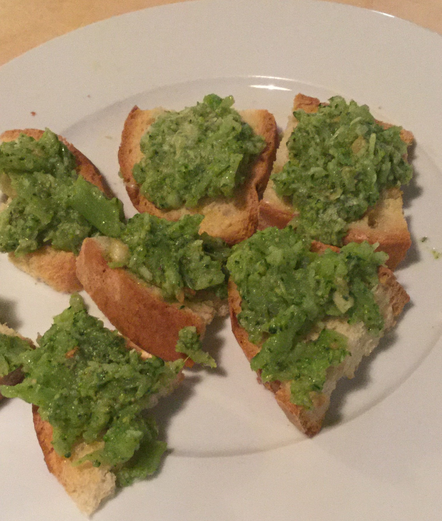 Smashed Broccoli Crostini with Olive oil and Garlic