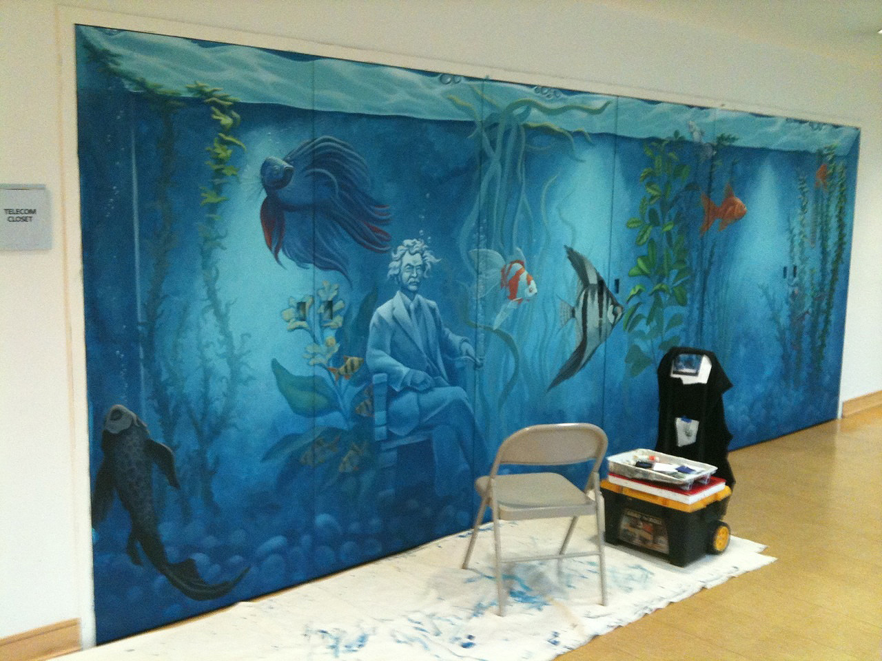 HPL mural in progress nov18[1].2010.jpg