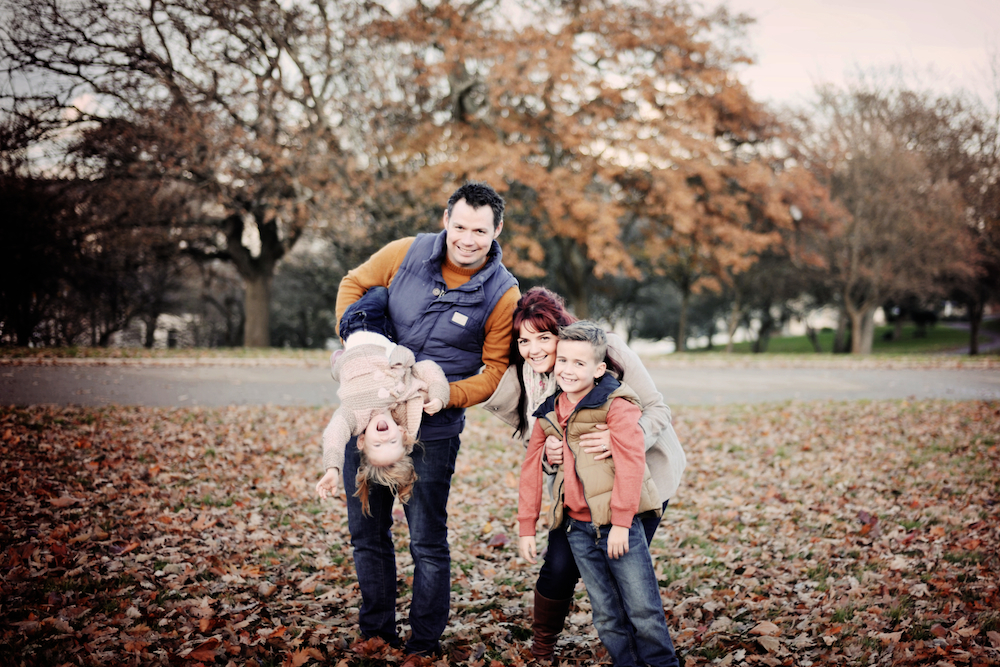 If you feel most comfortable in your front yard, look no further for your perfect family photo setting. And don't forget to be yourself! | Photo credit:  libertypearlphotography.com