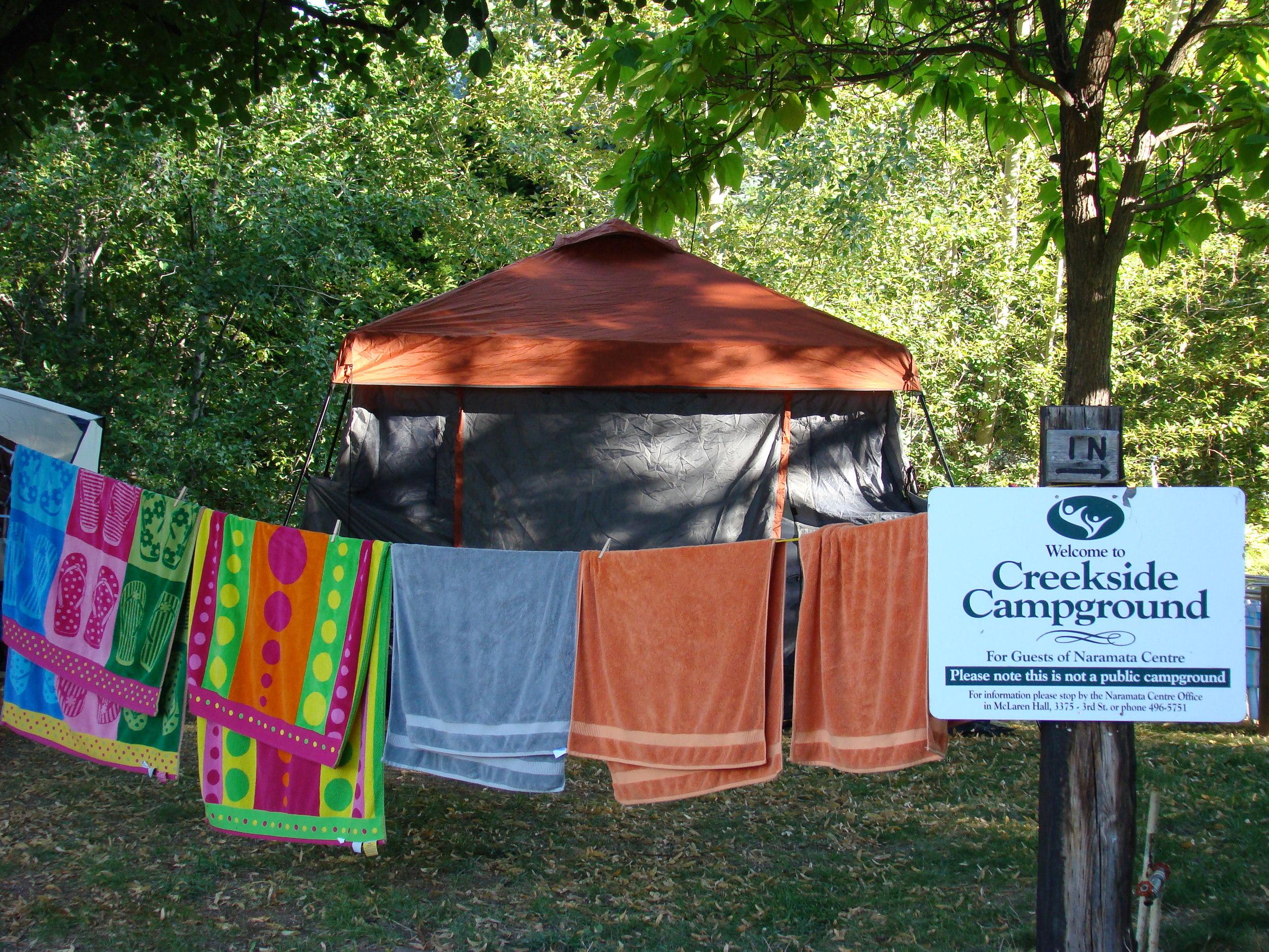 creekside tents 7 towels DSC08632.jpg