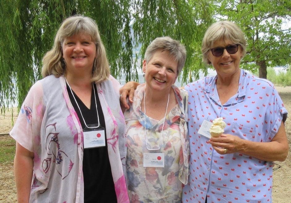 Linda Hatfield, Barb Hatfield, Jane Ritchie
