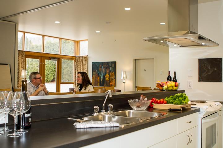 Orchard Court Kitchen 02 web.jpg