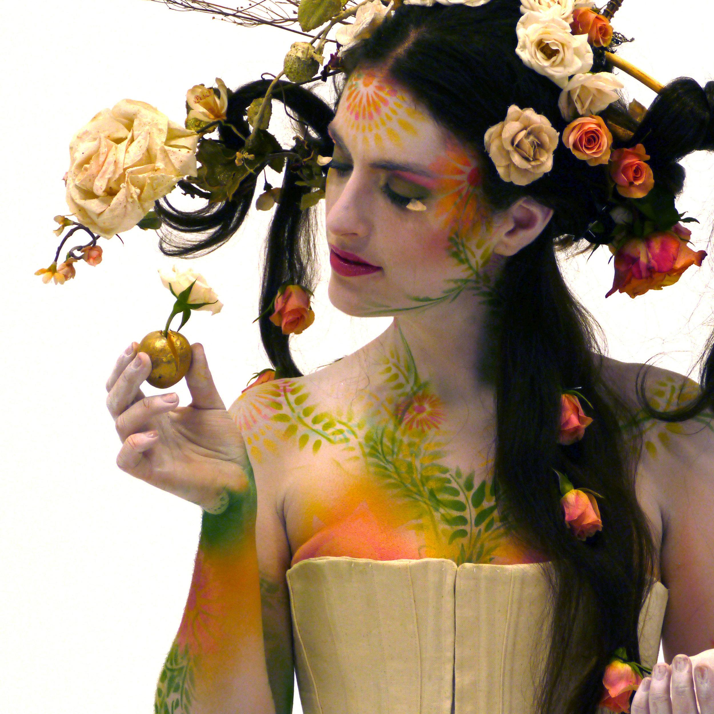 Marya_stark_the_garden_penny_slinger_rose_headdress_avatar_long_heair.jpg