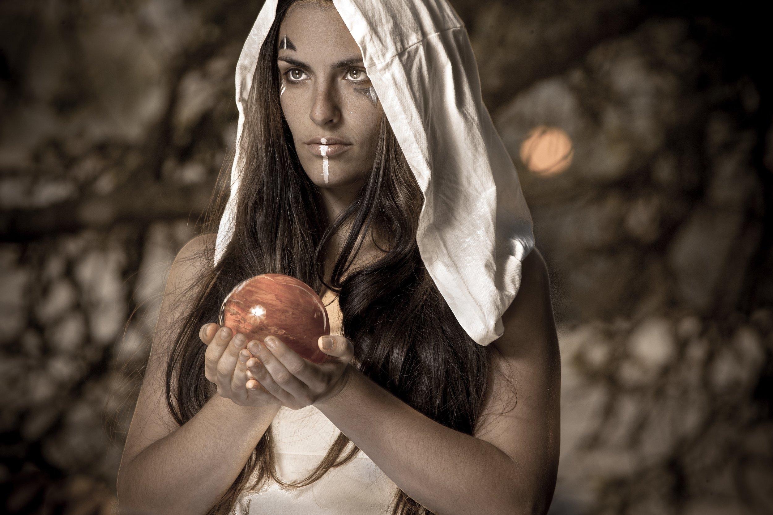 Marya_stark_blood_moon_eclispe_scarlet_ruby_sapphire_magic.jpg