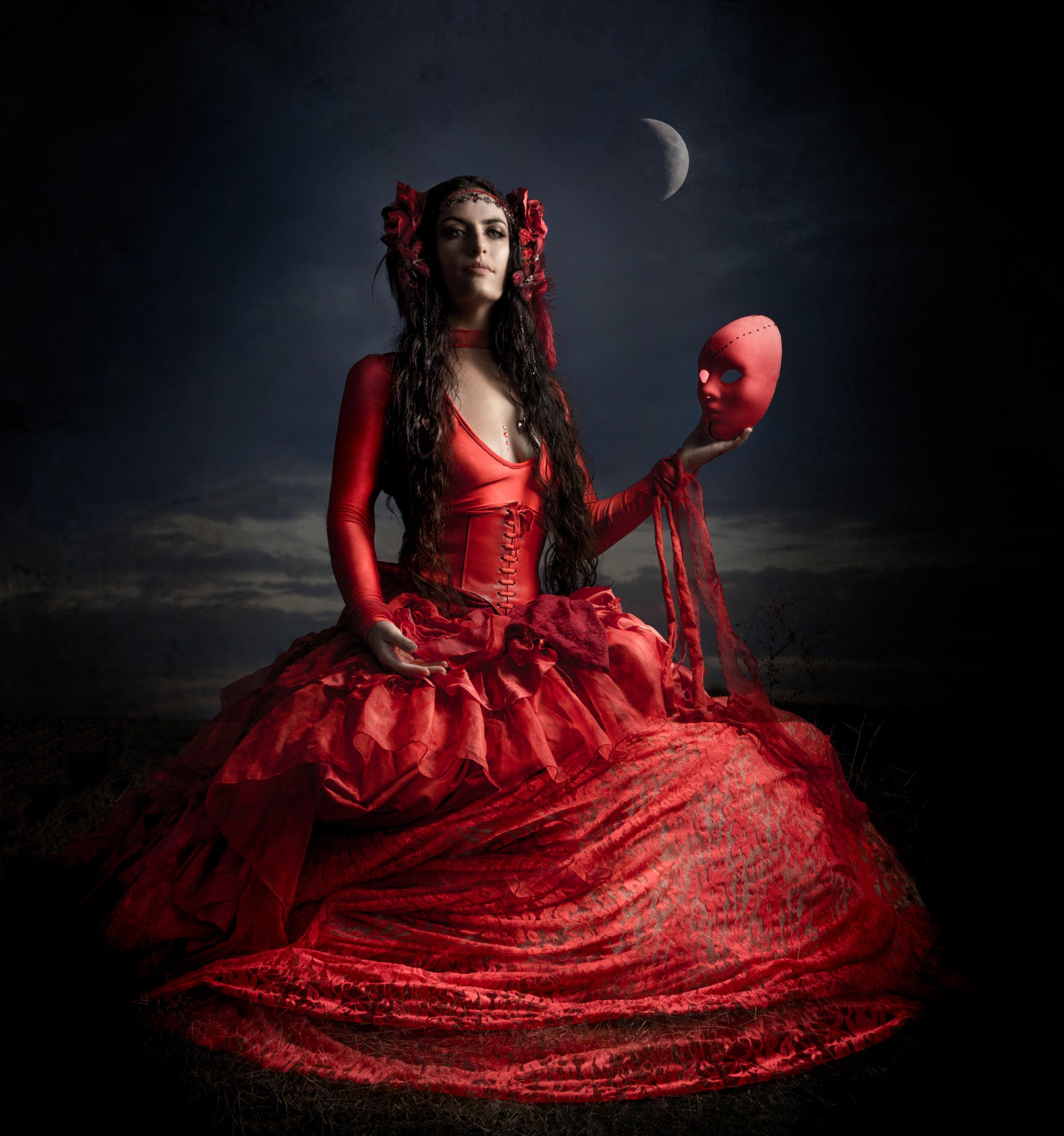 marya_stark_mask_theater_storytelling_red_queen_persephone_ishtar.jpg