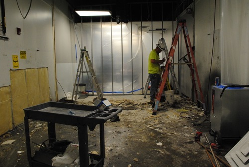 Screen washout room during construction