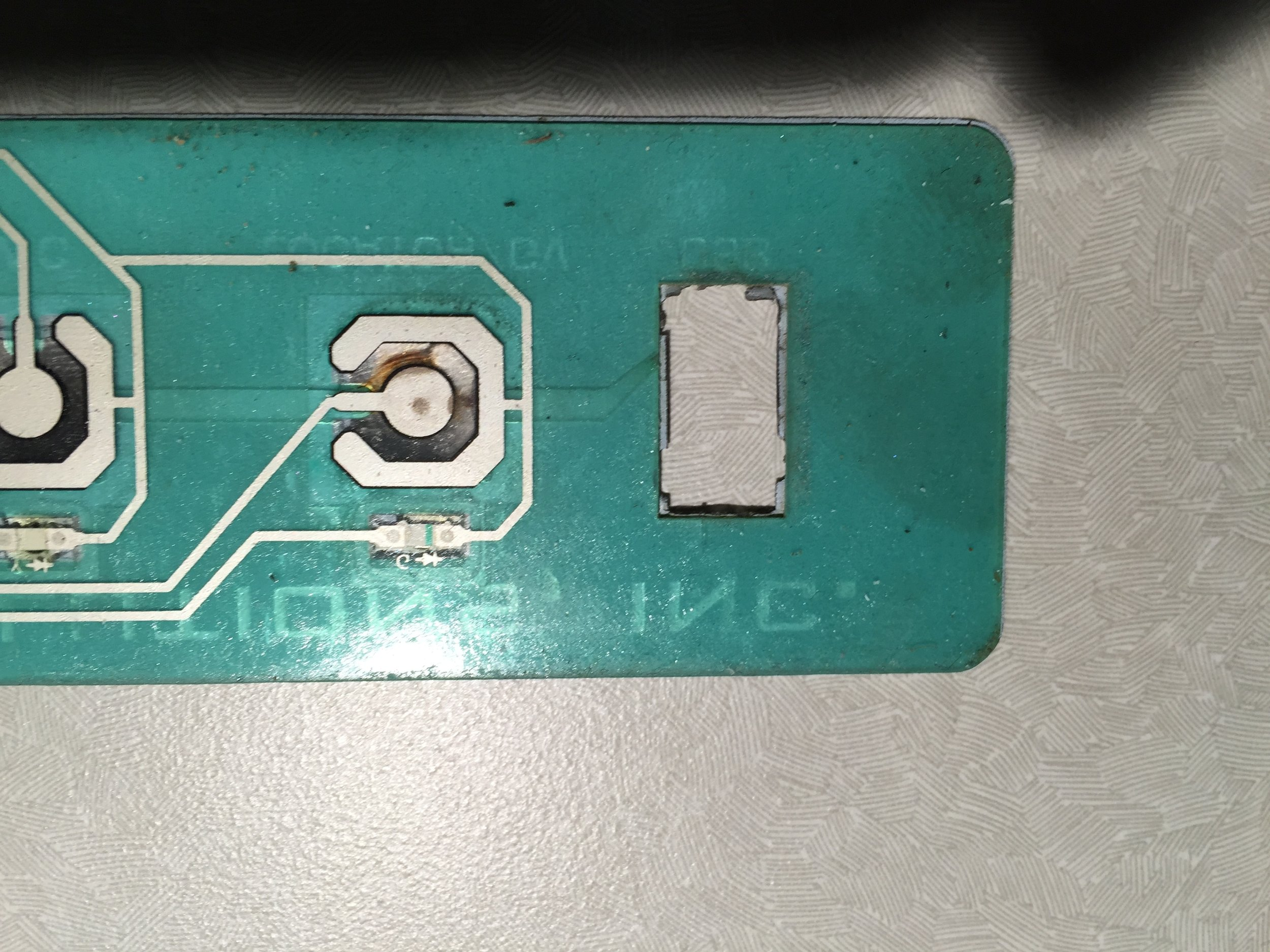 EPL competitor (switch venting to exterior cutout not sealed).JPG