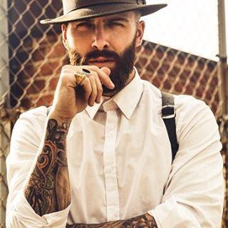 A beard is worth a thousand words.