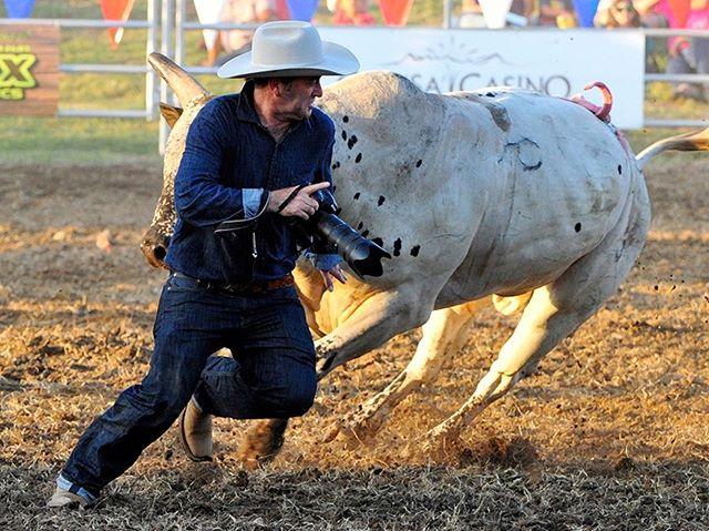 ⬅️ earning my bullfighting card, @marysville_stampede 2016. join us this weekend!