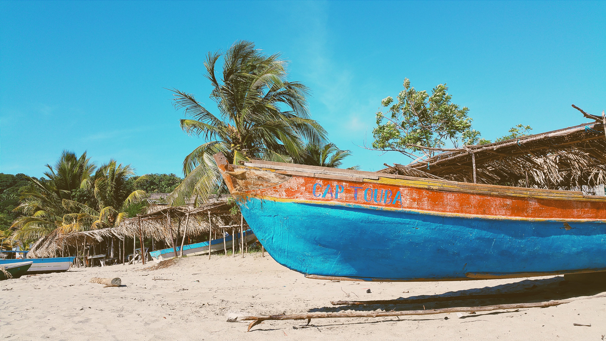 Photograph from Honduras by  Miguel Gomez . Honduras has a Pacific coastline to the south.