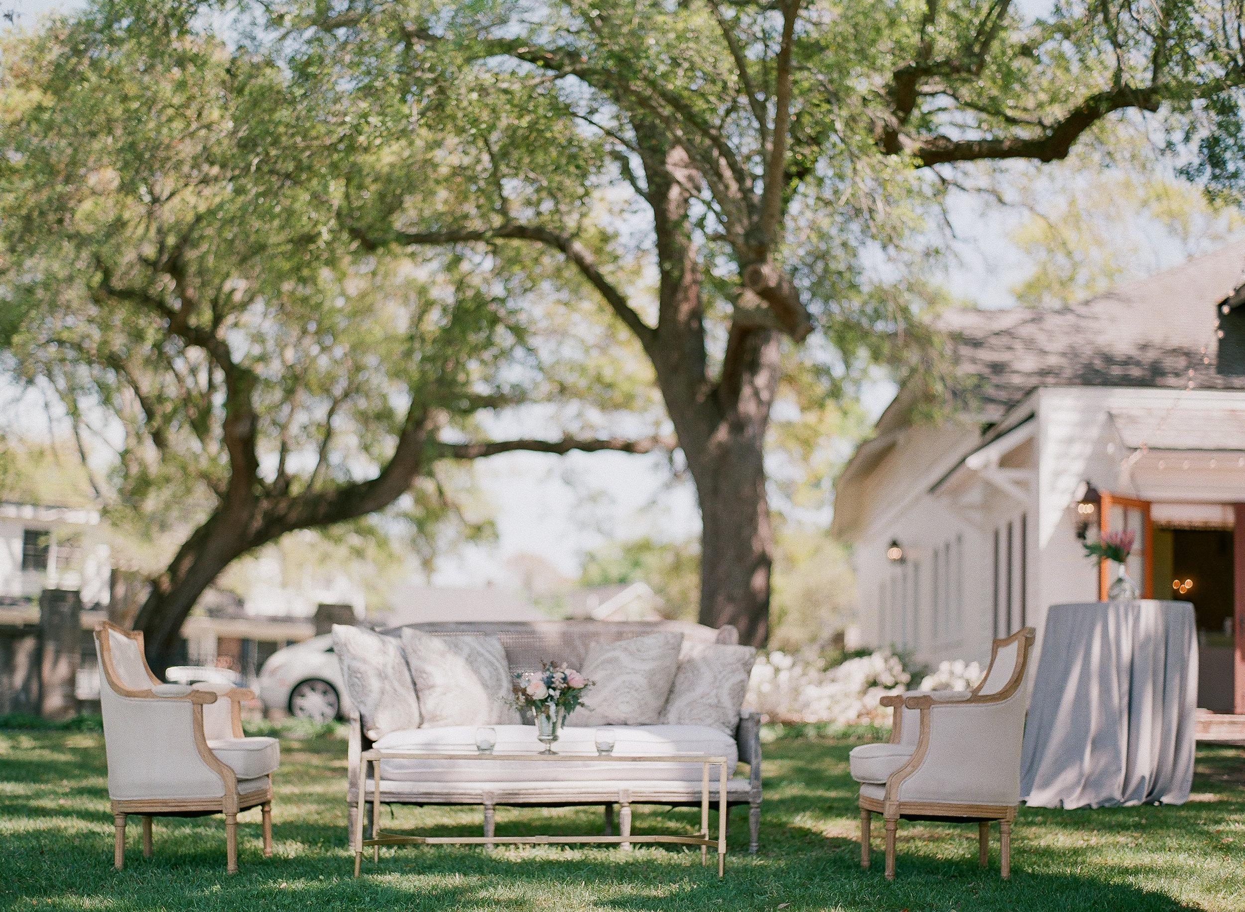 paraiso-event-design-morgan-danny-charleston-wedding-lowndes-grove-spring-11.jpg