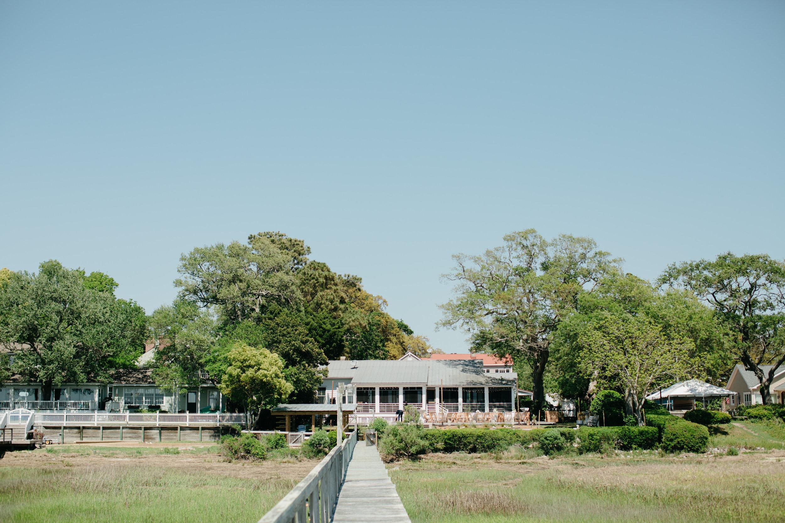 paraiso-event-design-charleston-mount-pleasant-waterfront-wedding-private-home-06.jpg