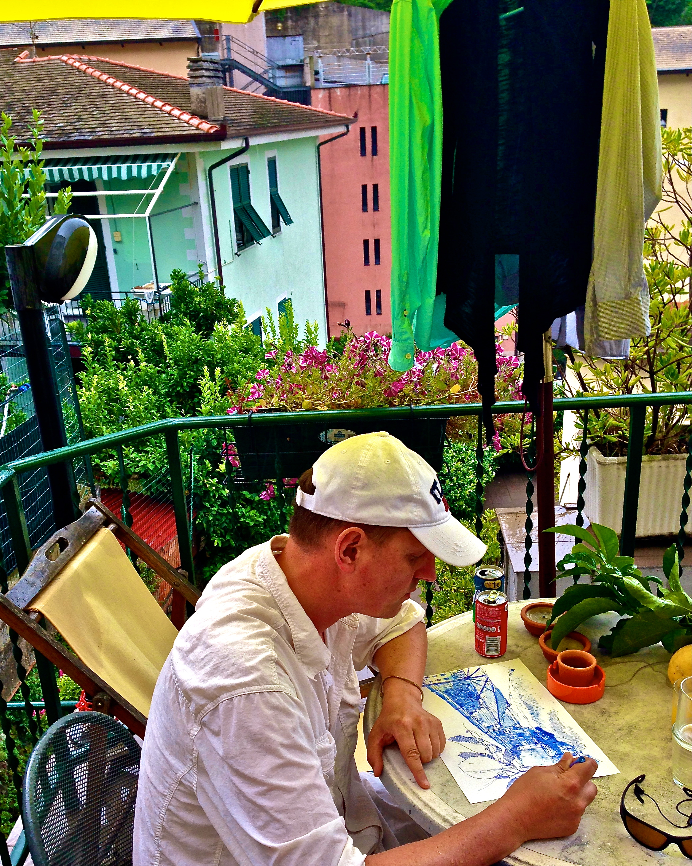 Paul, 'accidentally' does first 'Blue Sketch' in Riomaggiorre, Italy in 2014