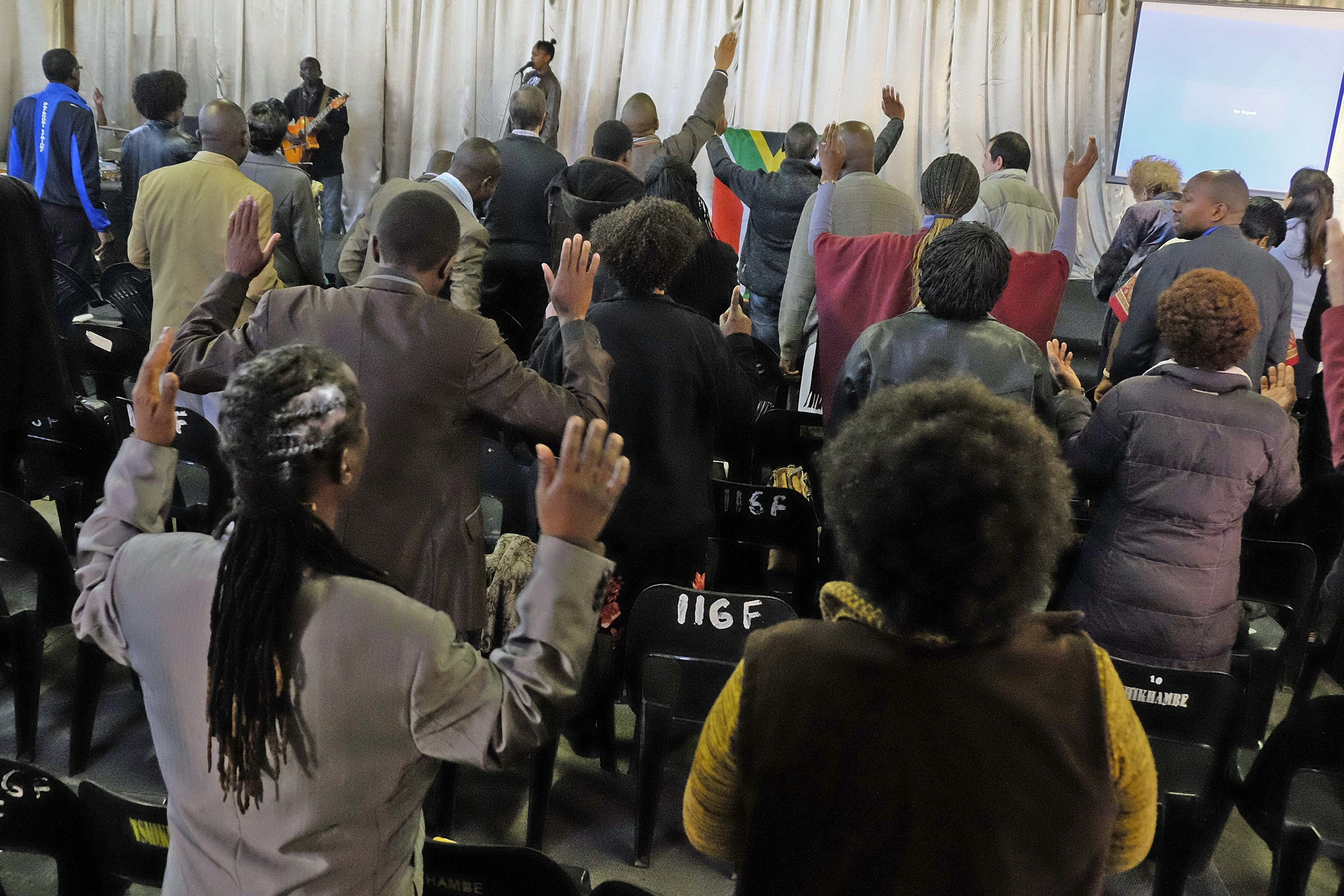 Praise and worship at The Rise!