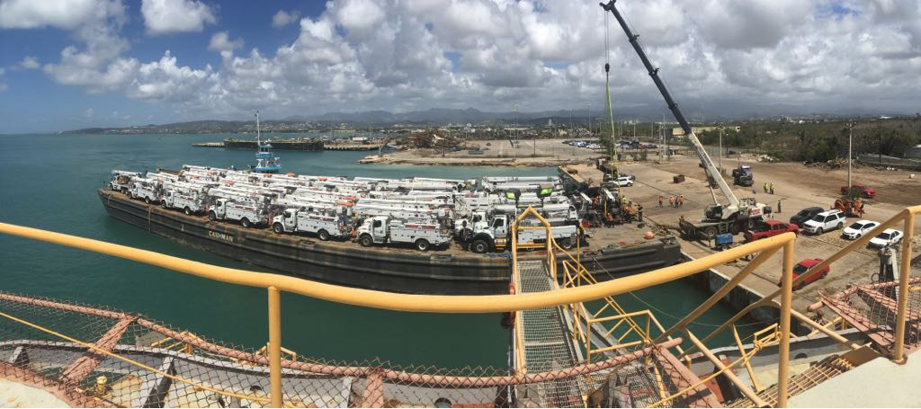 Panorama shot of the barge with load nearly completed.