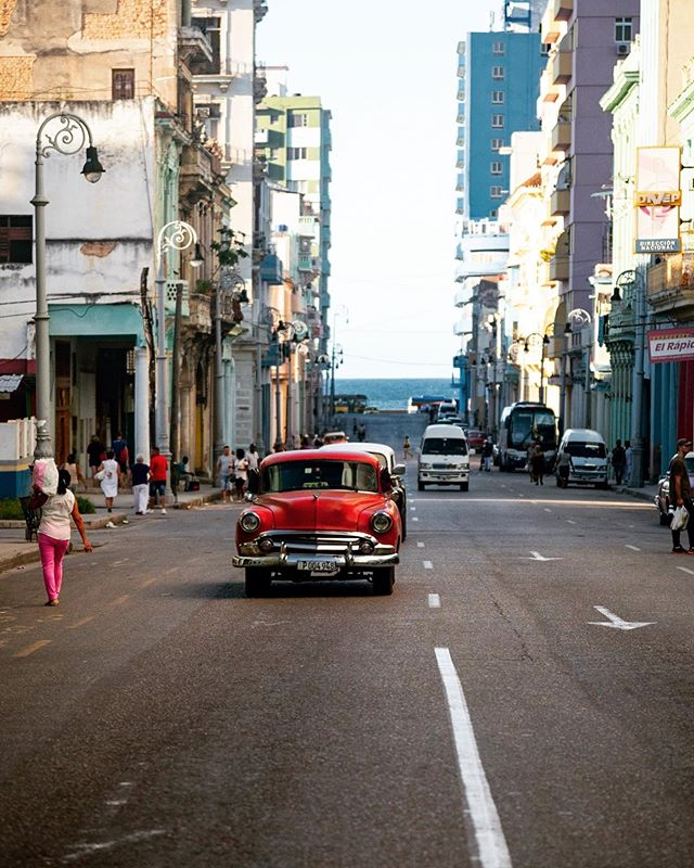 Driving in Havana - Cuba 🇨🇺 #cuba #cubatravel #cuba2day #red #leroutard #cuban #earthfocus #car #havanacuba #taxidriver #latergram #lonelyplanet #lonelyplanetcuba #havana #colonial #vintage #chevrolet #lonelyplanet #visitcuba #caraibes #colors #car #igerscuba #igersfrance #nikon #d750 Cuba2Day @car_vintage @havana.destinations @cubavisit @earthfocus @chevrolet @leroutard @_havanaclub @cuba2day @lonelyplanet @lonelyplanetfr @cuba_gallery