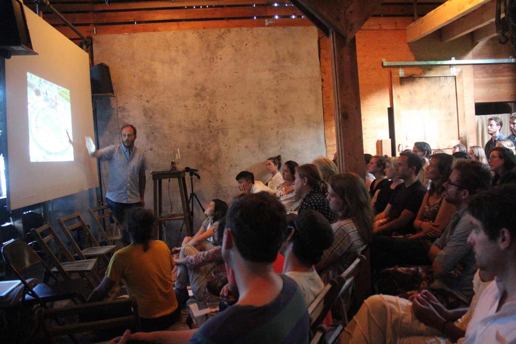 Nils Norman lecturing in the Mildred's Lane Barn Lyceum. Photograph courtesy of Mildred's Lane.