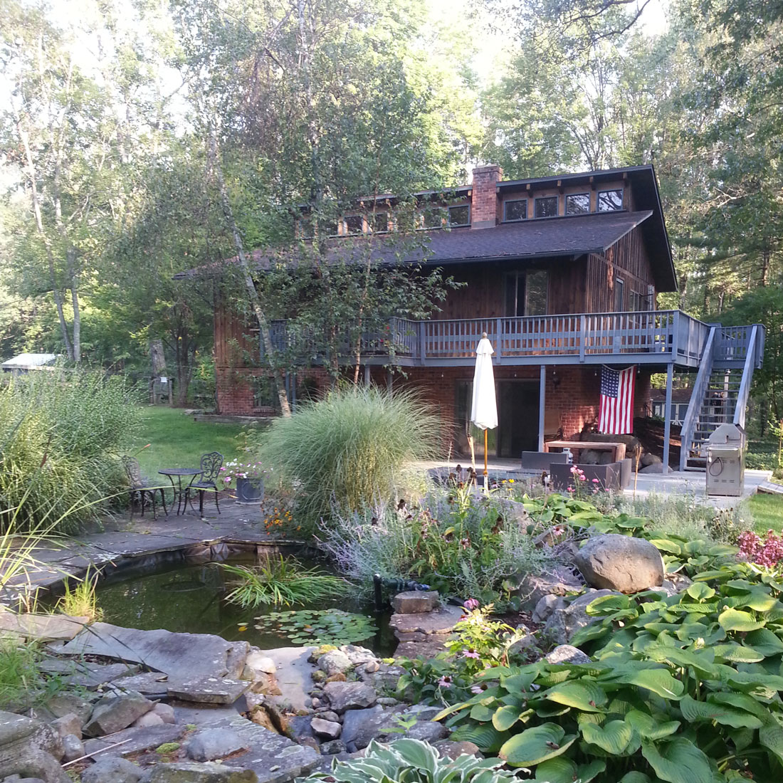Woodstock Getaway blog post from Courtney Dawley // Found by a Prop Stylist