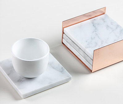 A marble coaster alone would not get my heart pumping, but when you add this beautiful copper housing for it, I'm in love. Minimalism at it's best, available on Etsy from seller Rachel Sharrock of   MarbleandMetal  .