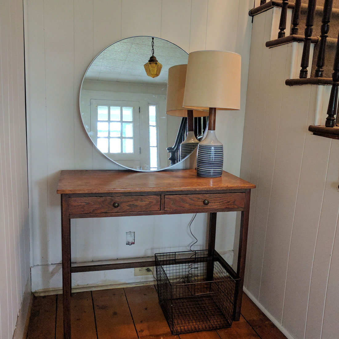 Farmhouse entryway diy makeover after shot