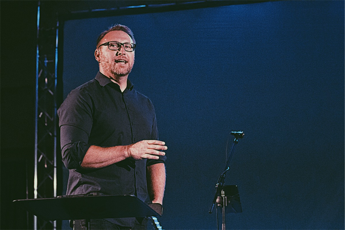 RYAN ASHLEY - LEAD PASTOR