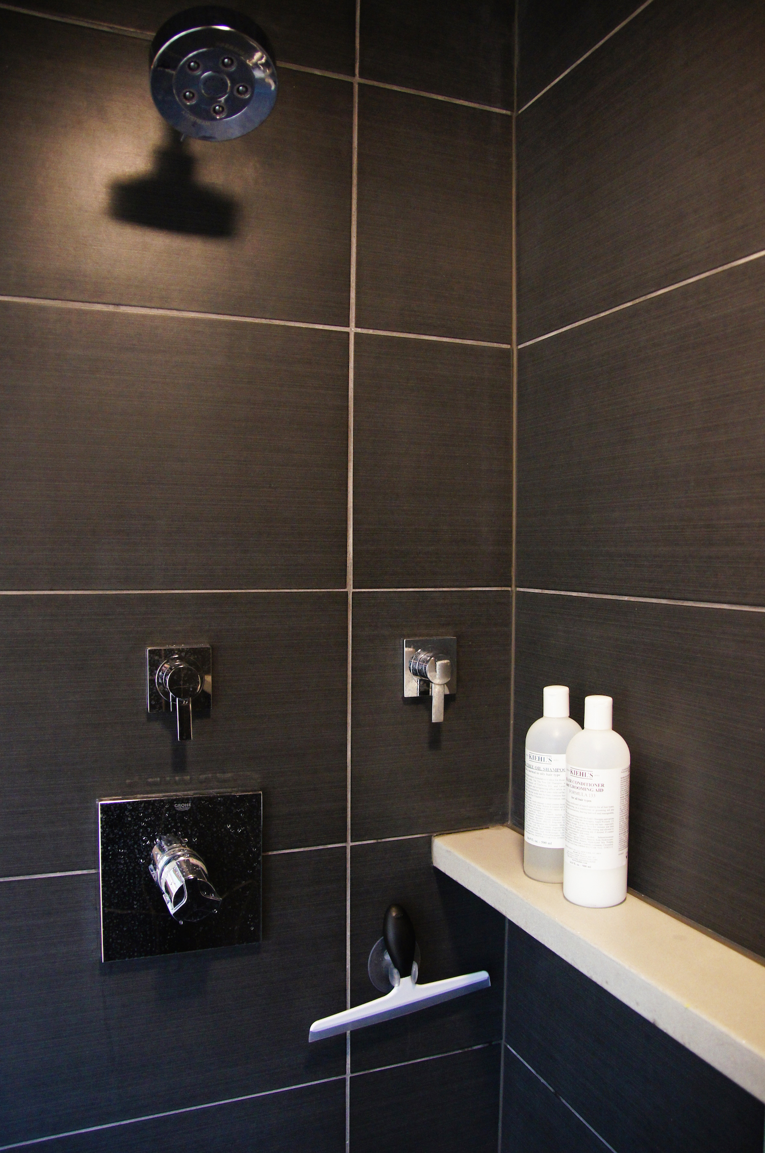 shower detail 02 copy.jpg