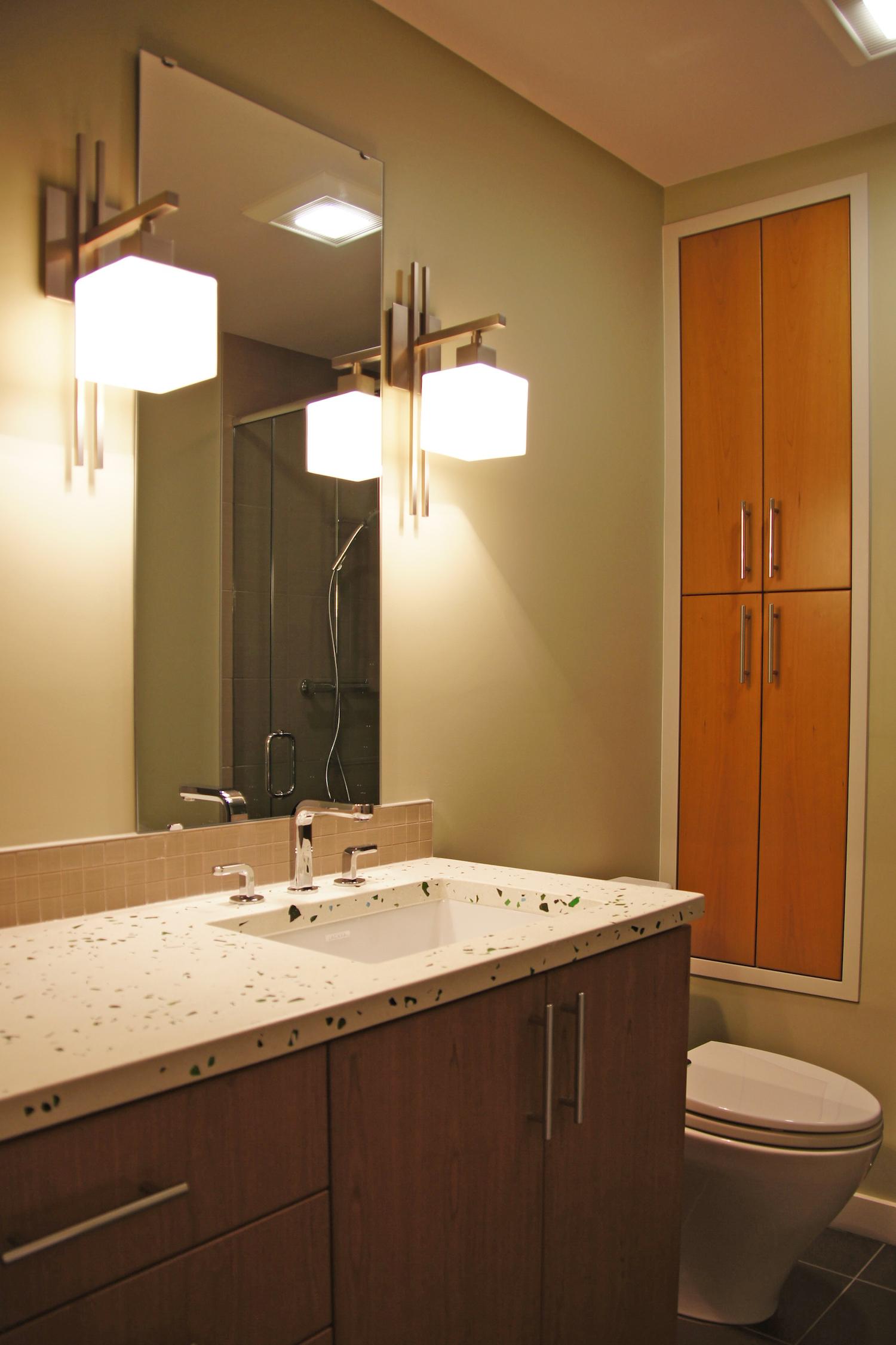 basement bath02.jpg