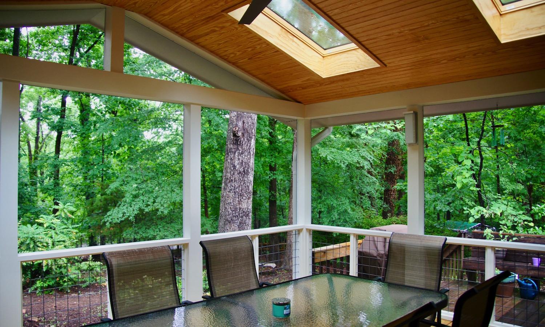 screen porch 01.jpg