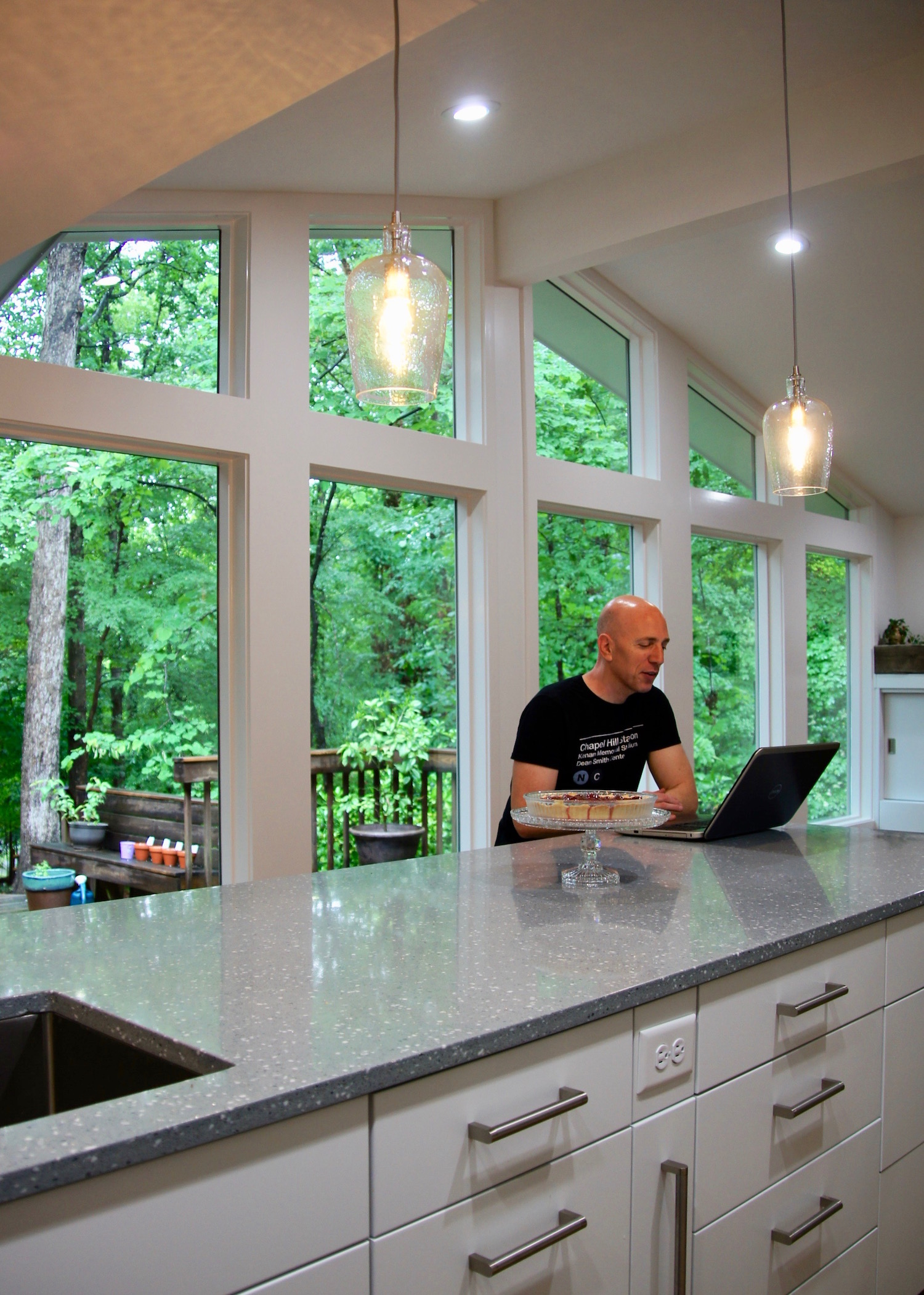 kitchen LR.jpg