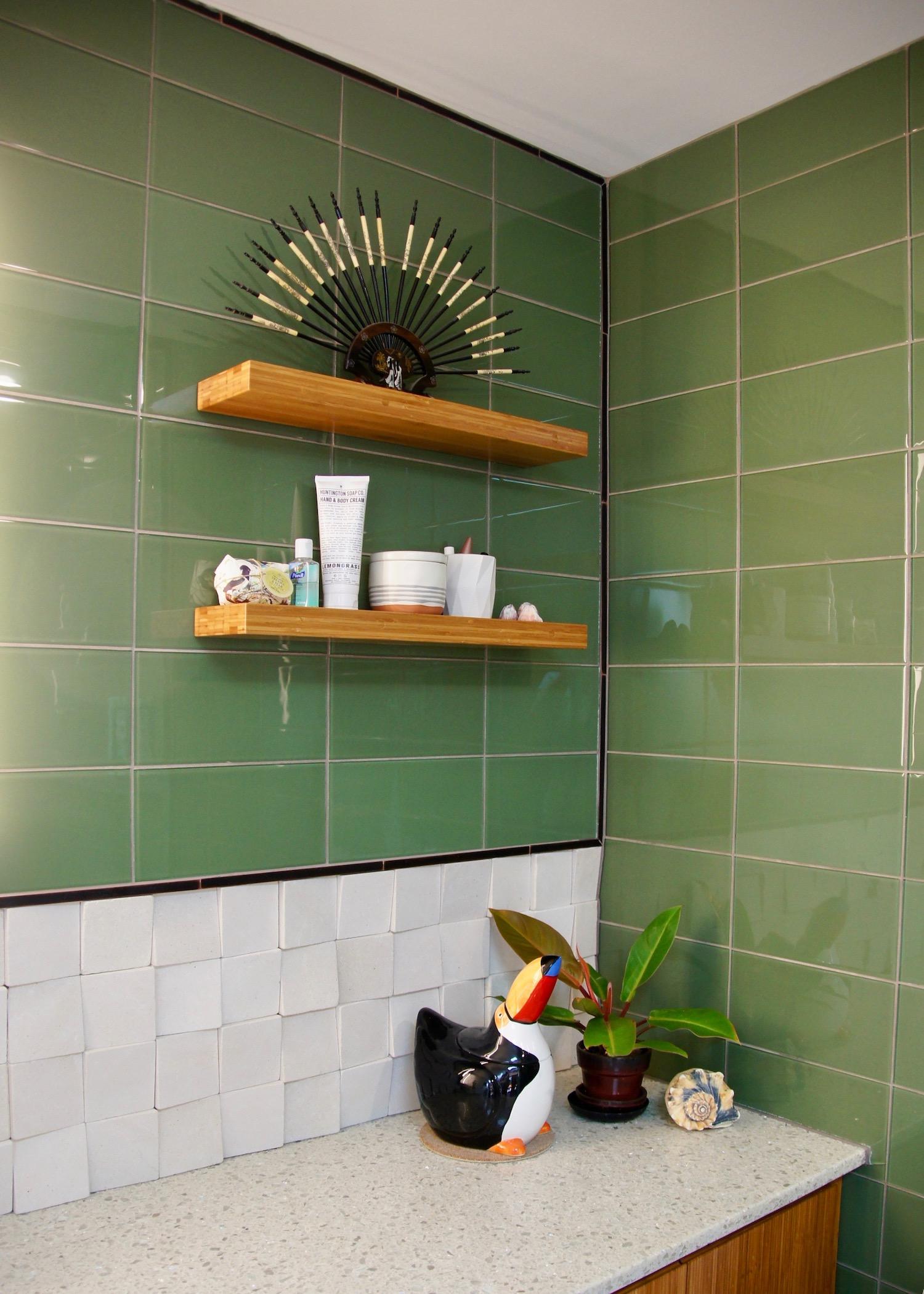bathroom 02.jpg