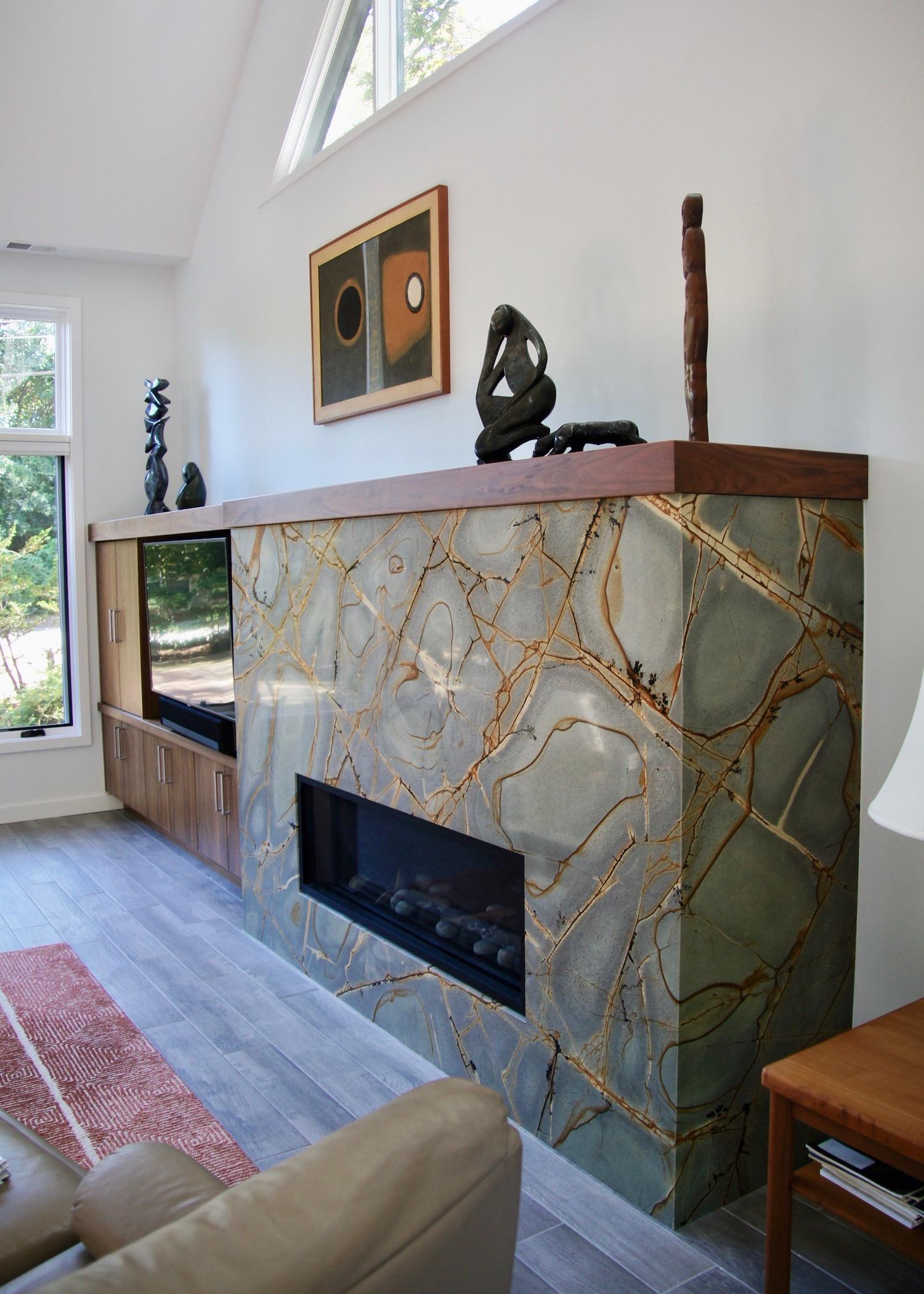 Fireplace 02.jpeg