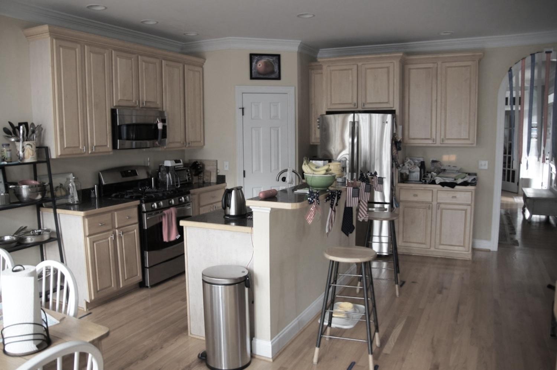 kitchen 04 before.jpg