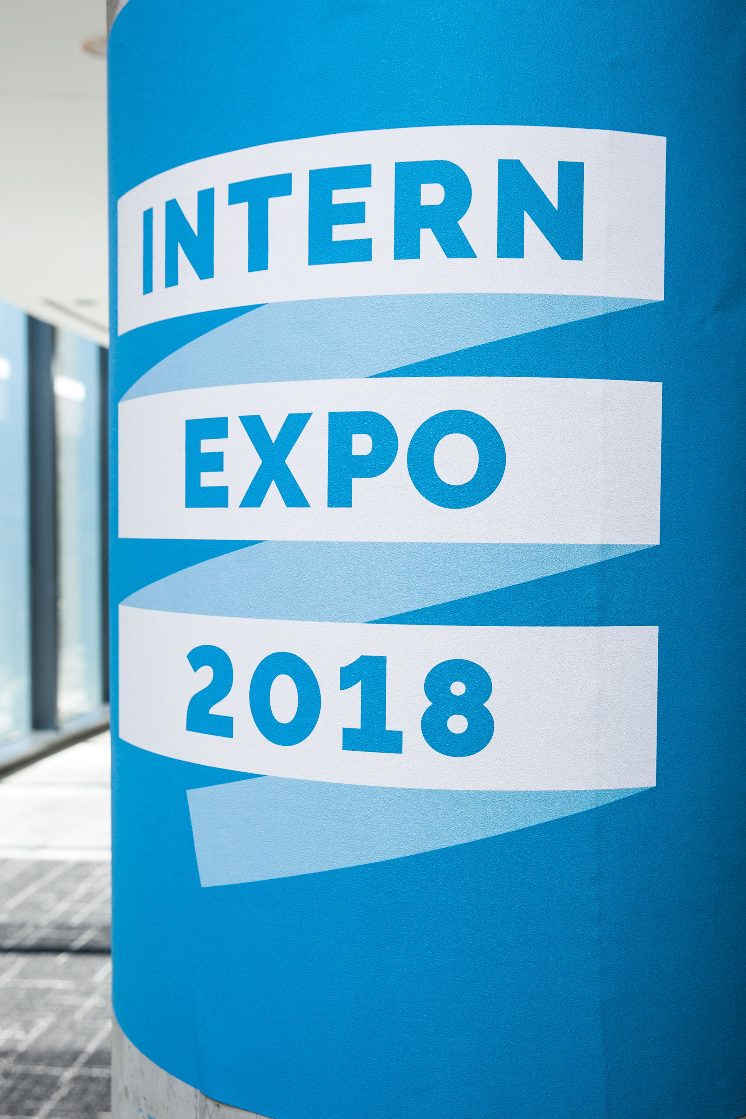 18HR9400-Intern-Expo-Event-072618-5.jpg