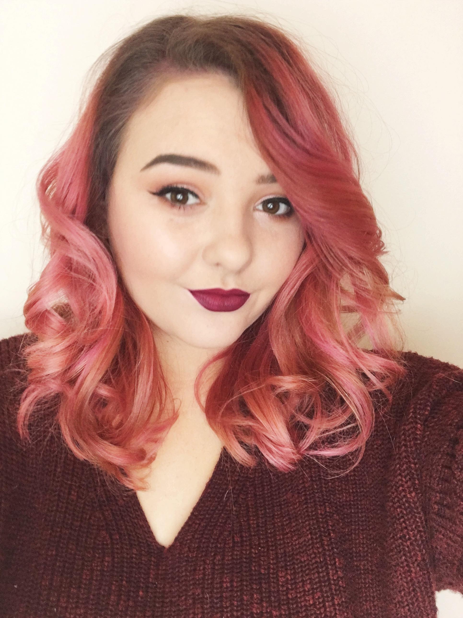 Blogger    Beauty, Style, Advice
