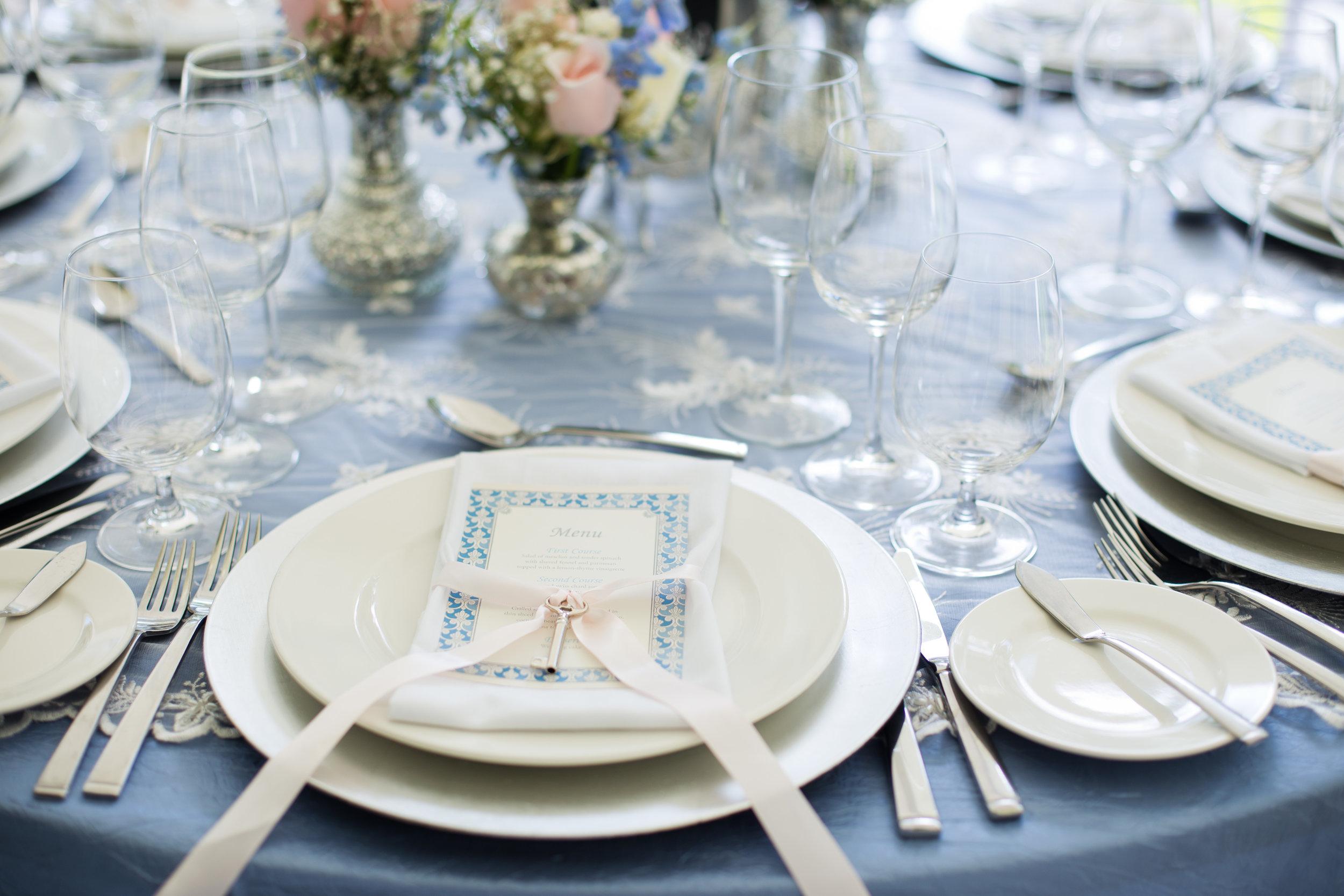 Vintage Elegance Reception Table Close Up .jpg
