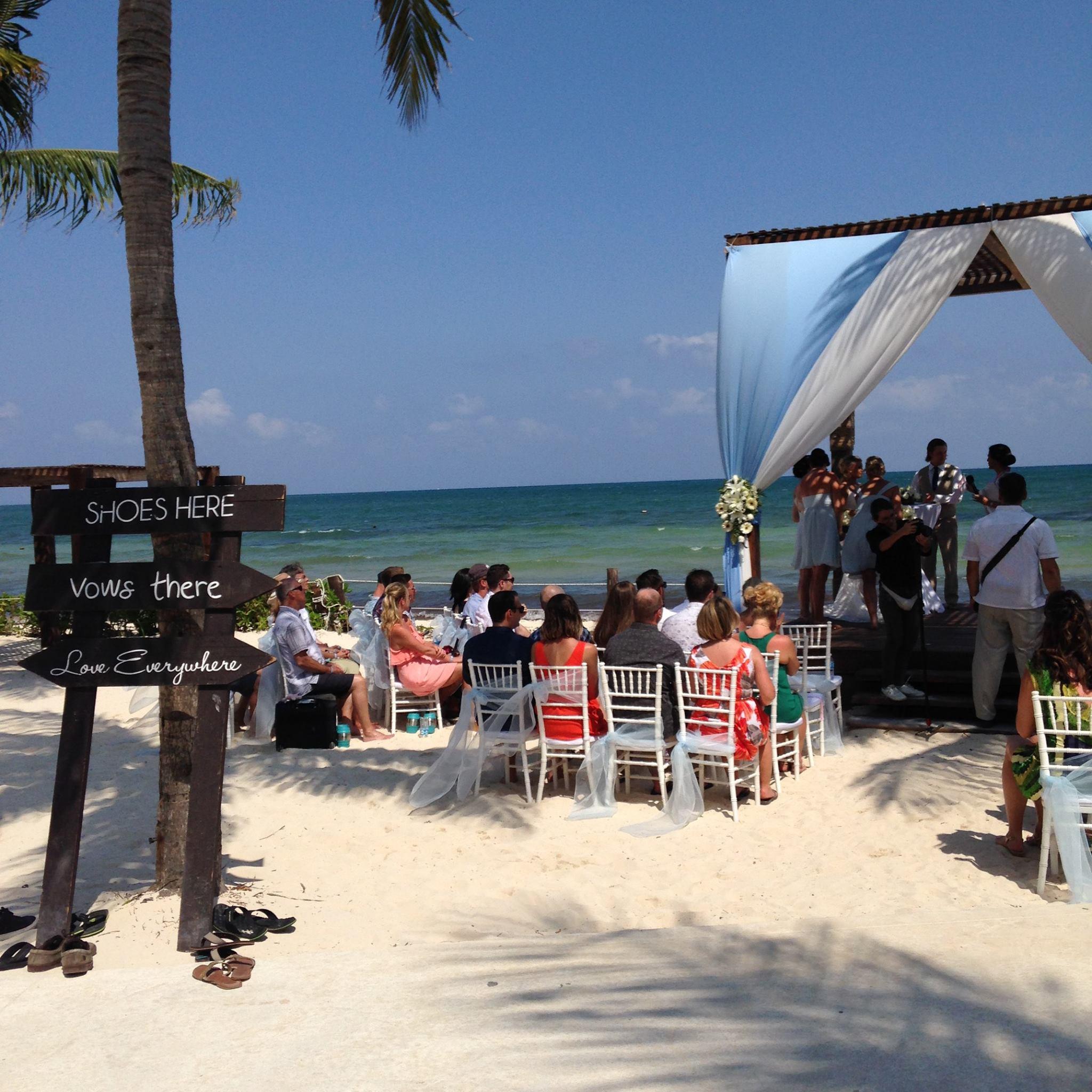 Blue Bay Wedding Decor4.jpg
