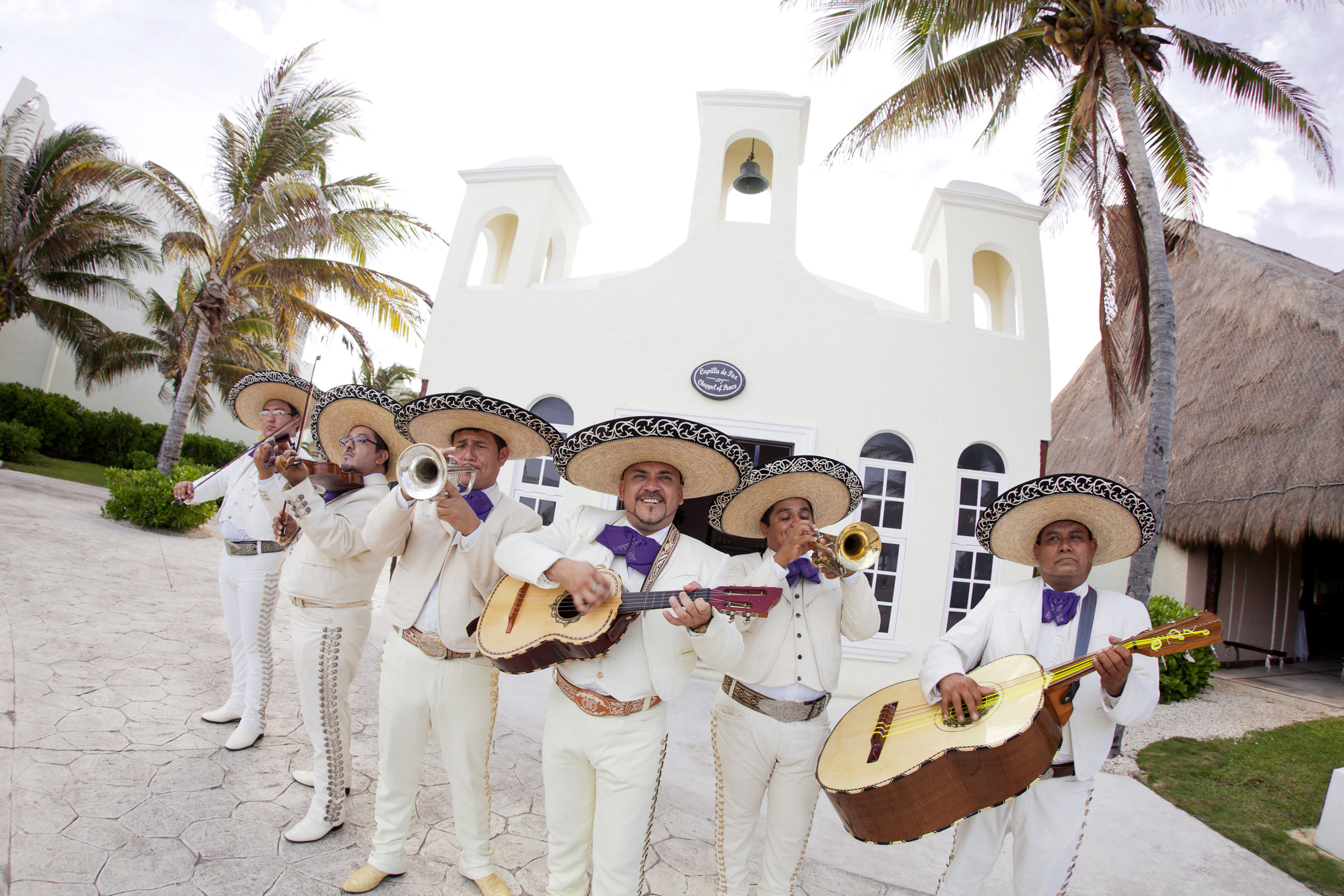 Colonial Charm Mariachi Band Signature Accent 2.jpg