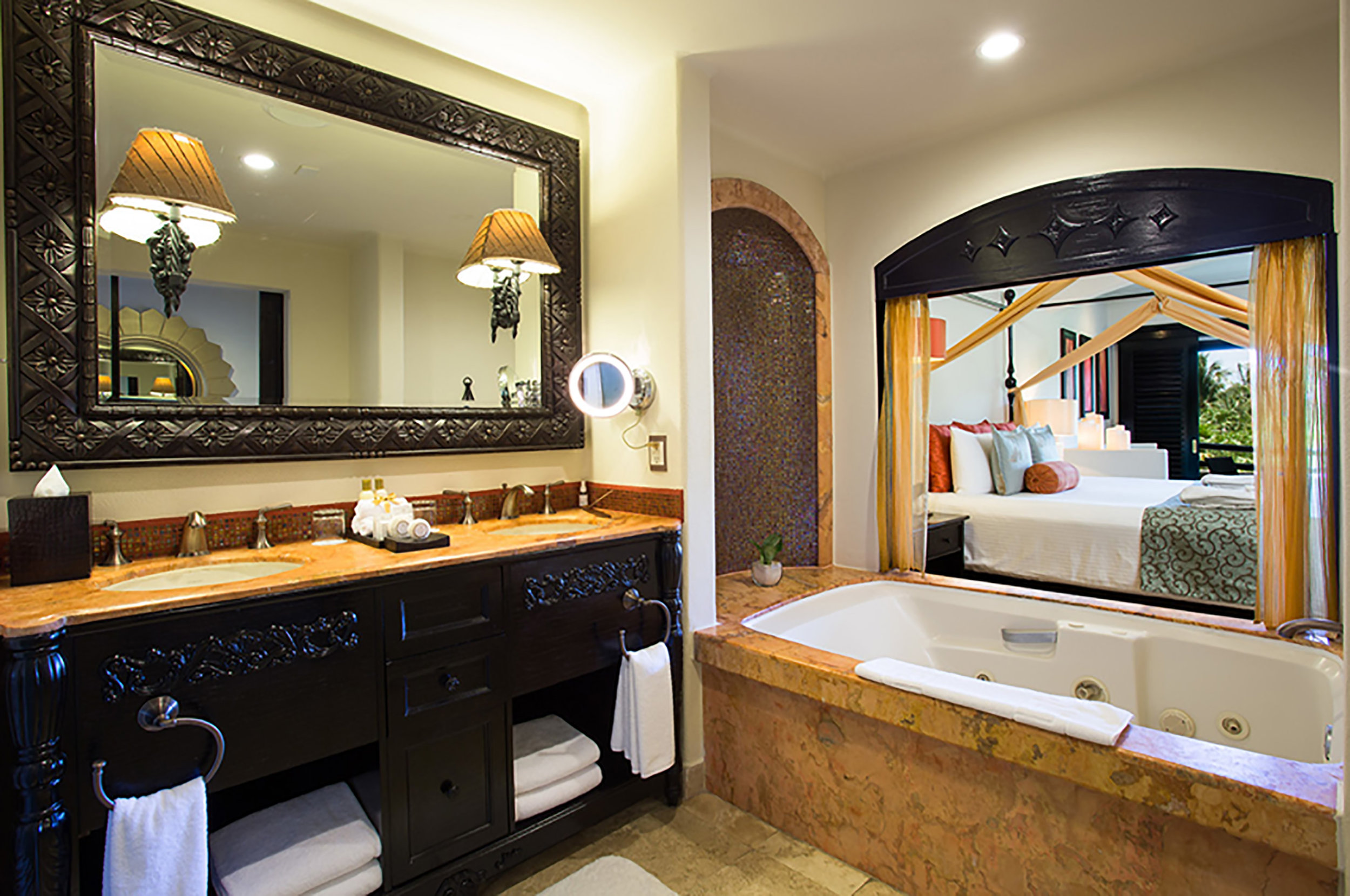 Secrets-Maroma_Junior-Suite-Tropical-View-bathroom.jpg