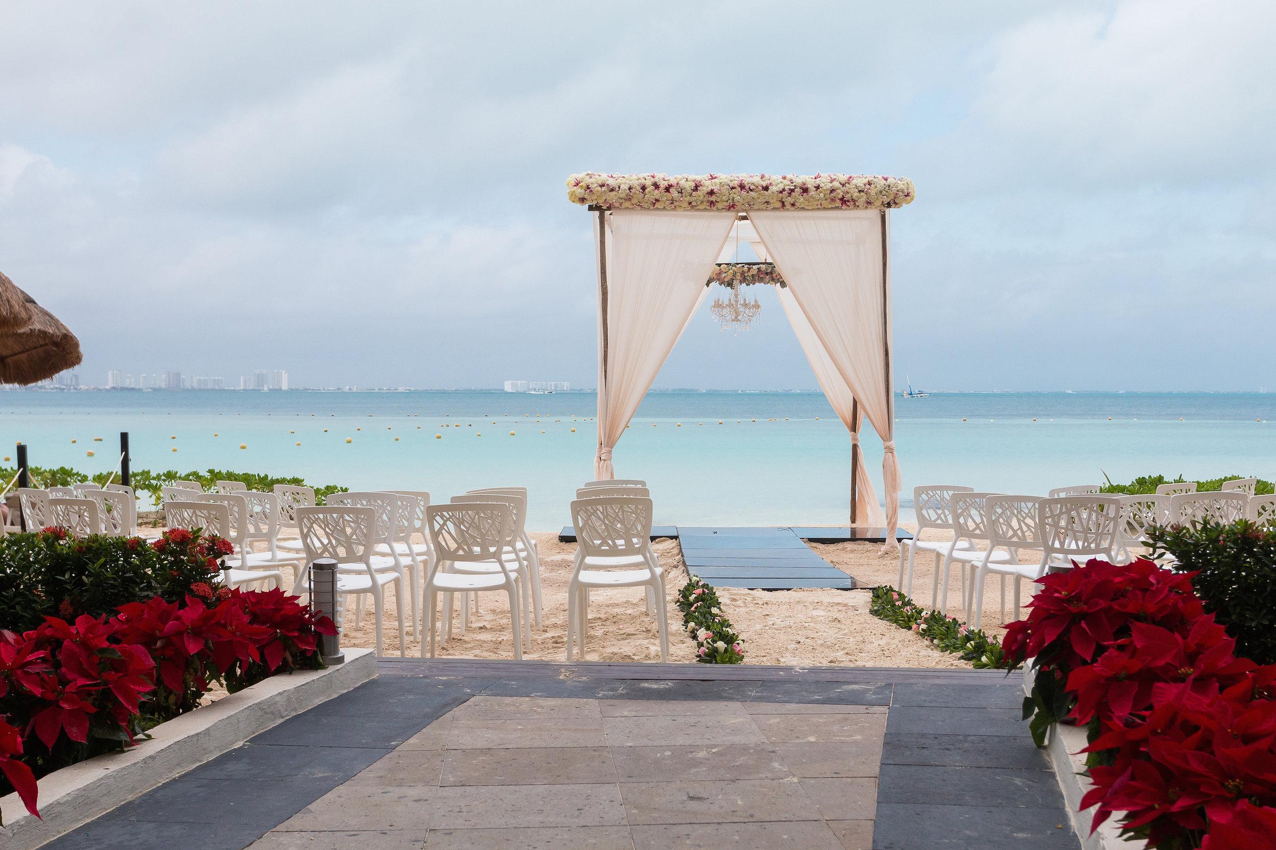 Dreams Sands Cancun2.jpg