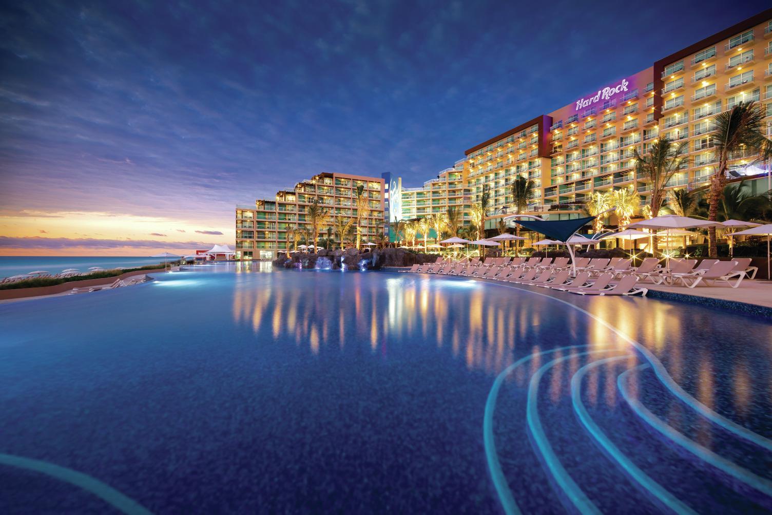 HRH Cancun Pool_Dusk.jpg