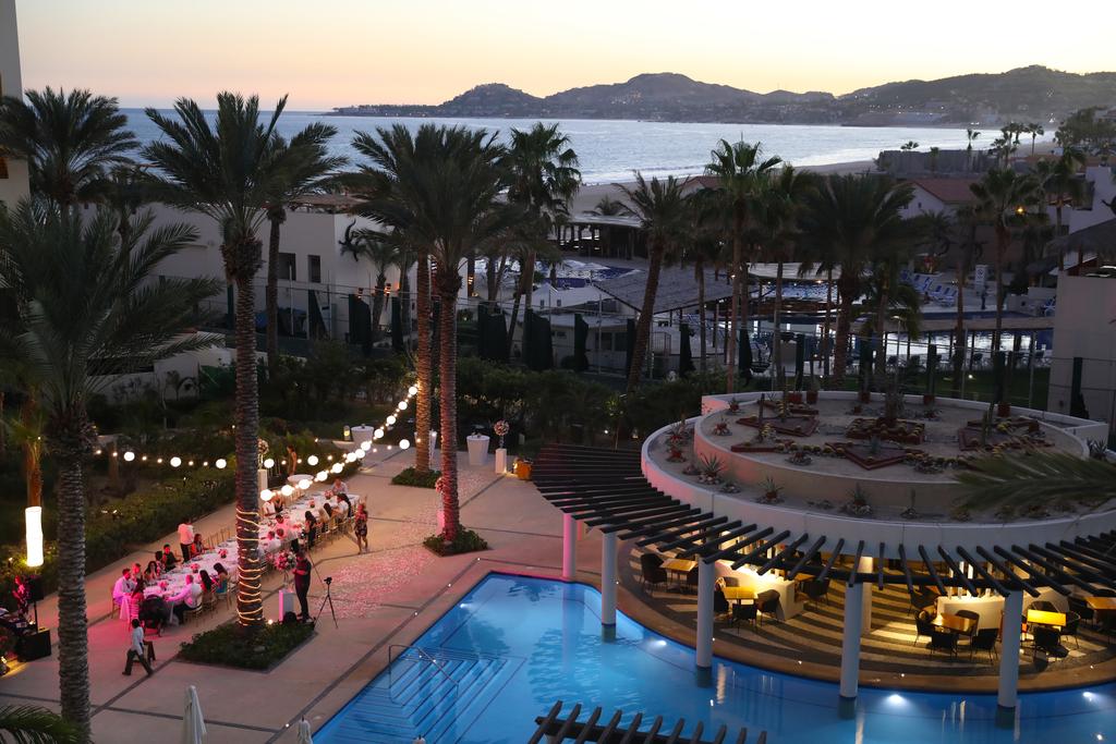 Hyatt Ziva Los Cabos Adult Pool Wedding Setup 232A6741.Jpg