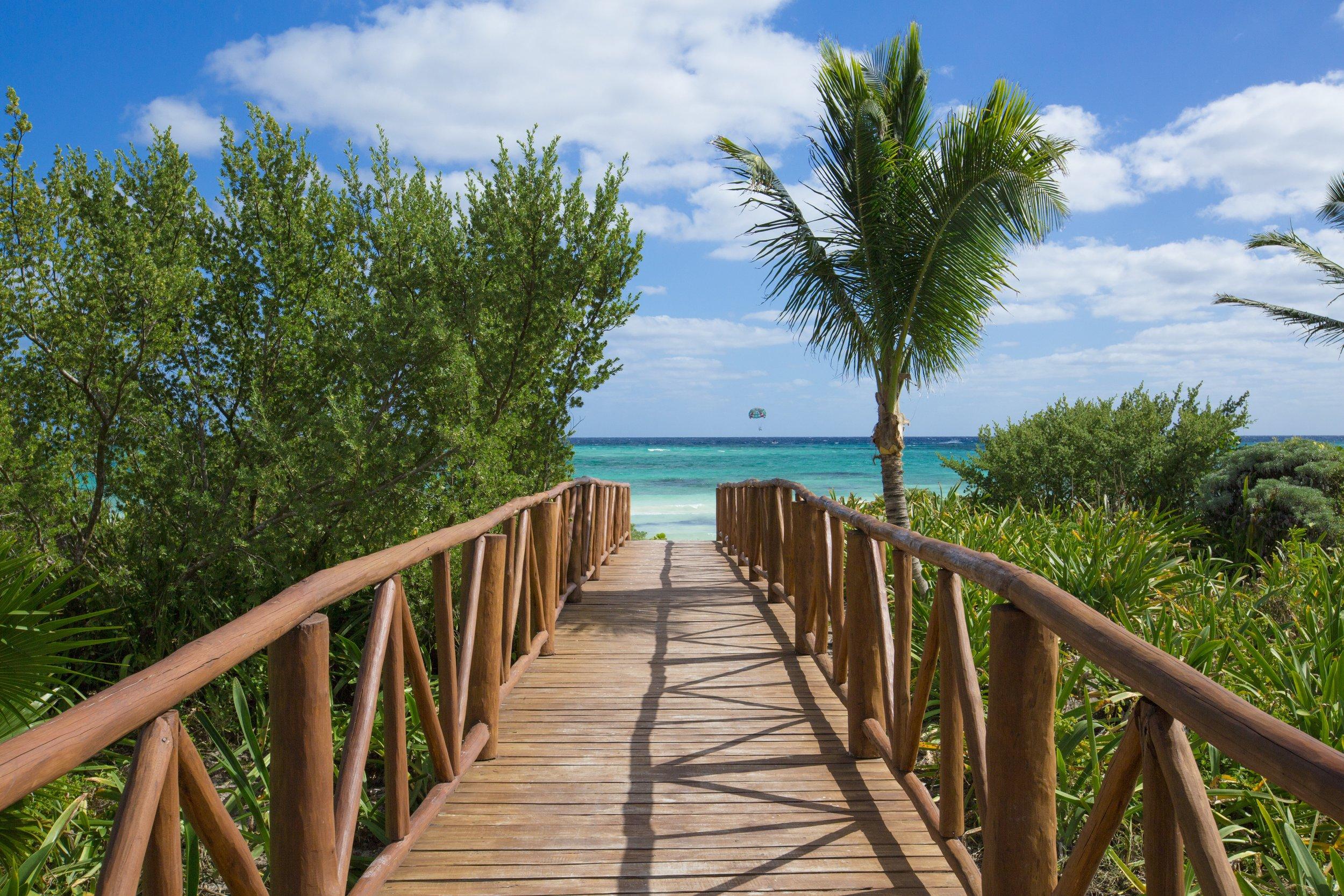 Walkway to beach (1).jpg