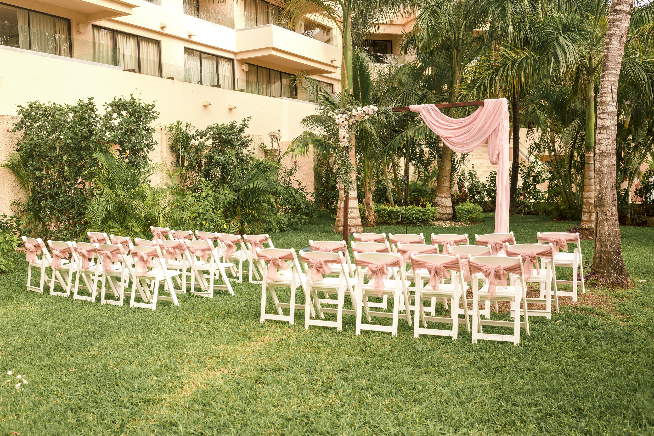M+R WEDDING DAY-66.jpg