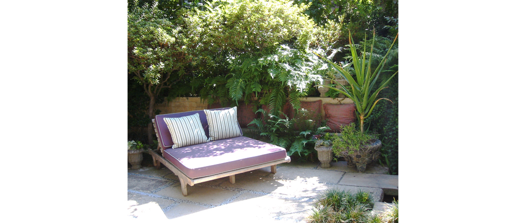 daybed small.jpg