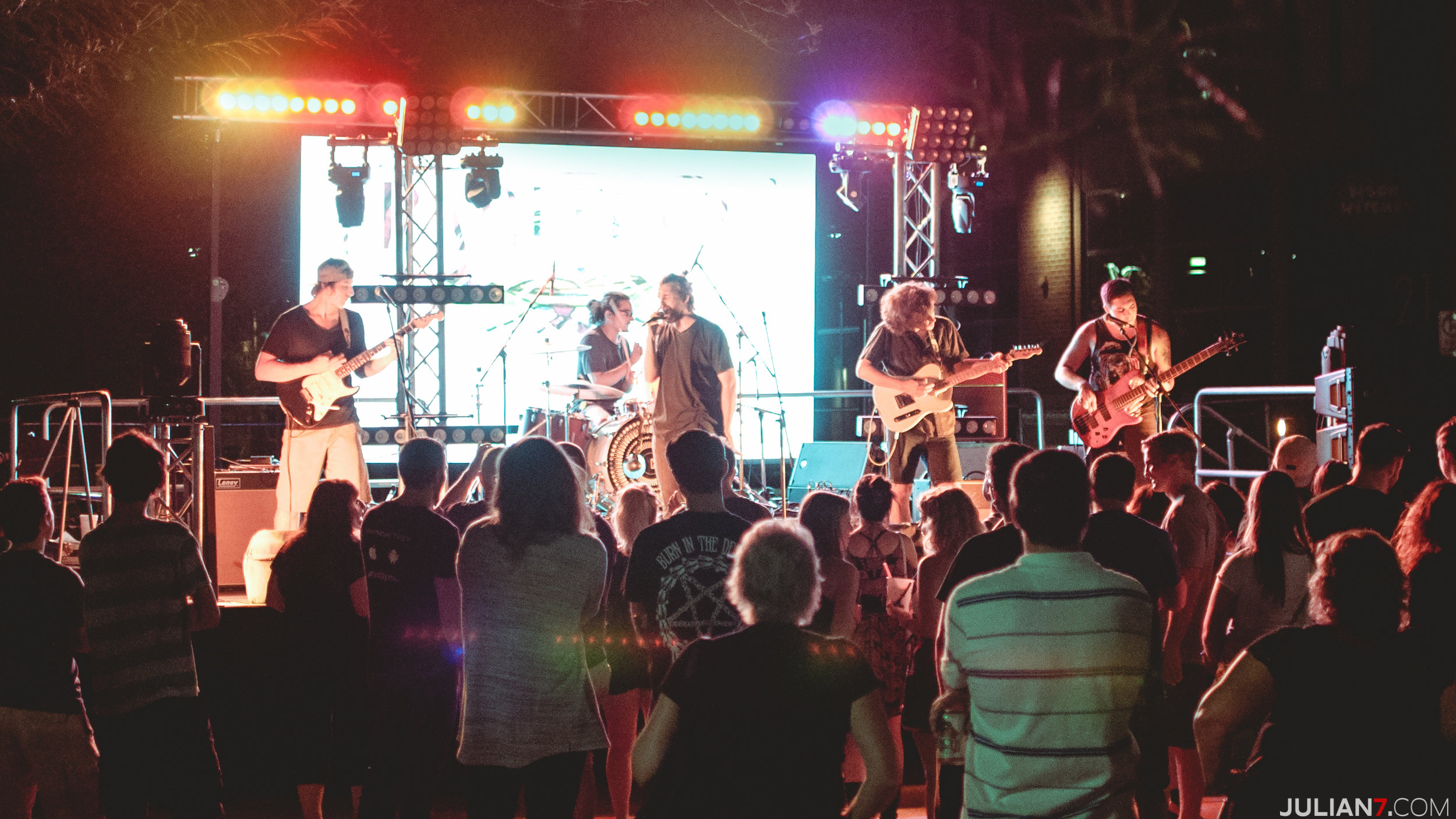 barefoot at casa on mill ave 2015 with katastro and the veragroove 2.jpg