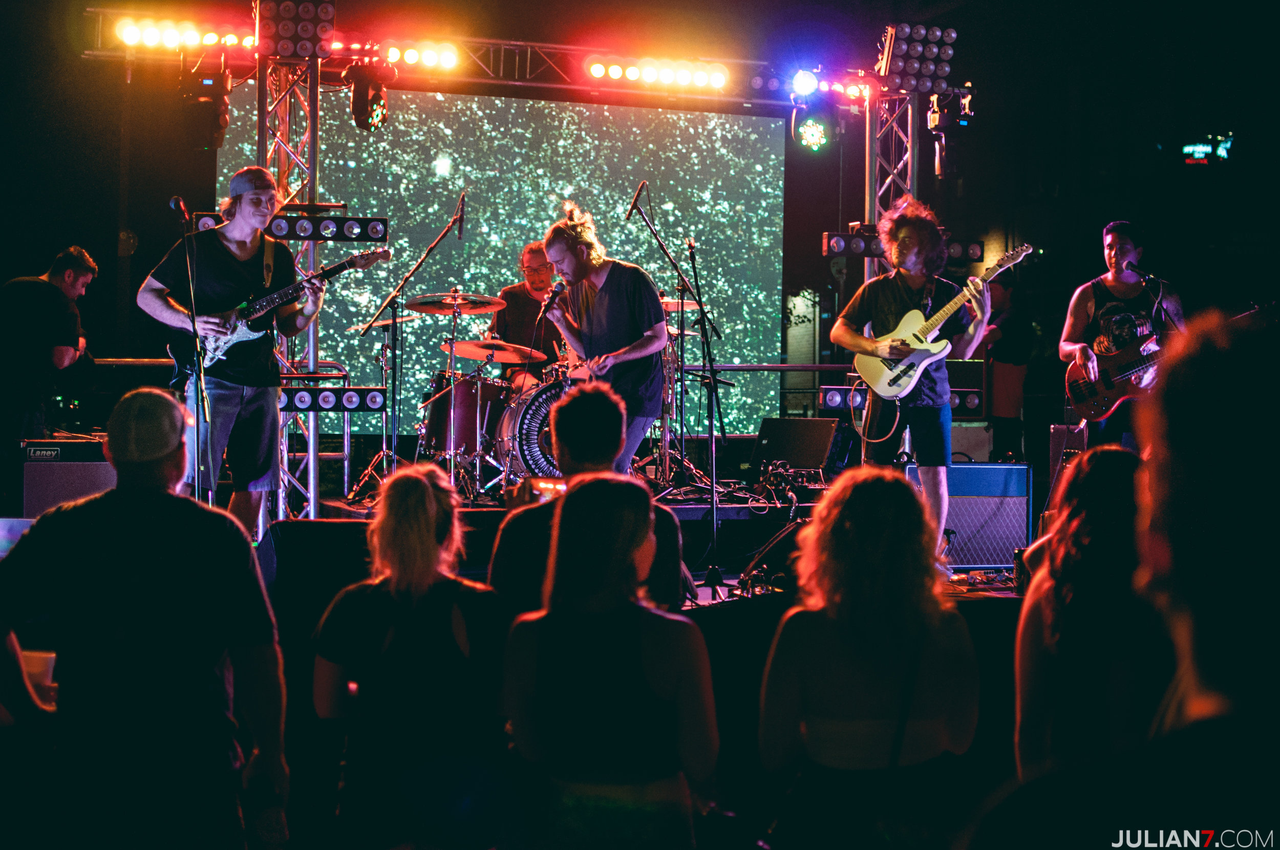 barefoot at casa on mill ave 2015 with katastro and the veragroove 5.jpg