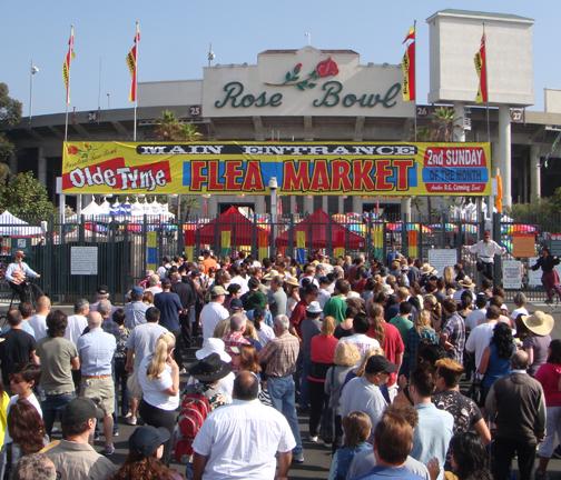 Pasadena_Rose_Bowl_Vintage_Flea_Market_mobile_ATM_Event_Rental_Company_for_Special_Events_Los_Angeles_California_1.jpg
