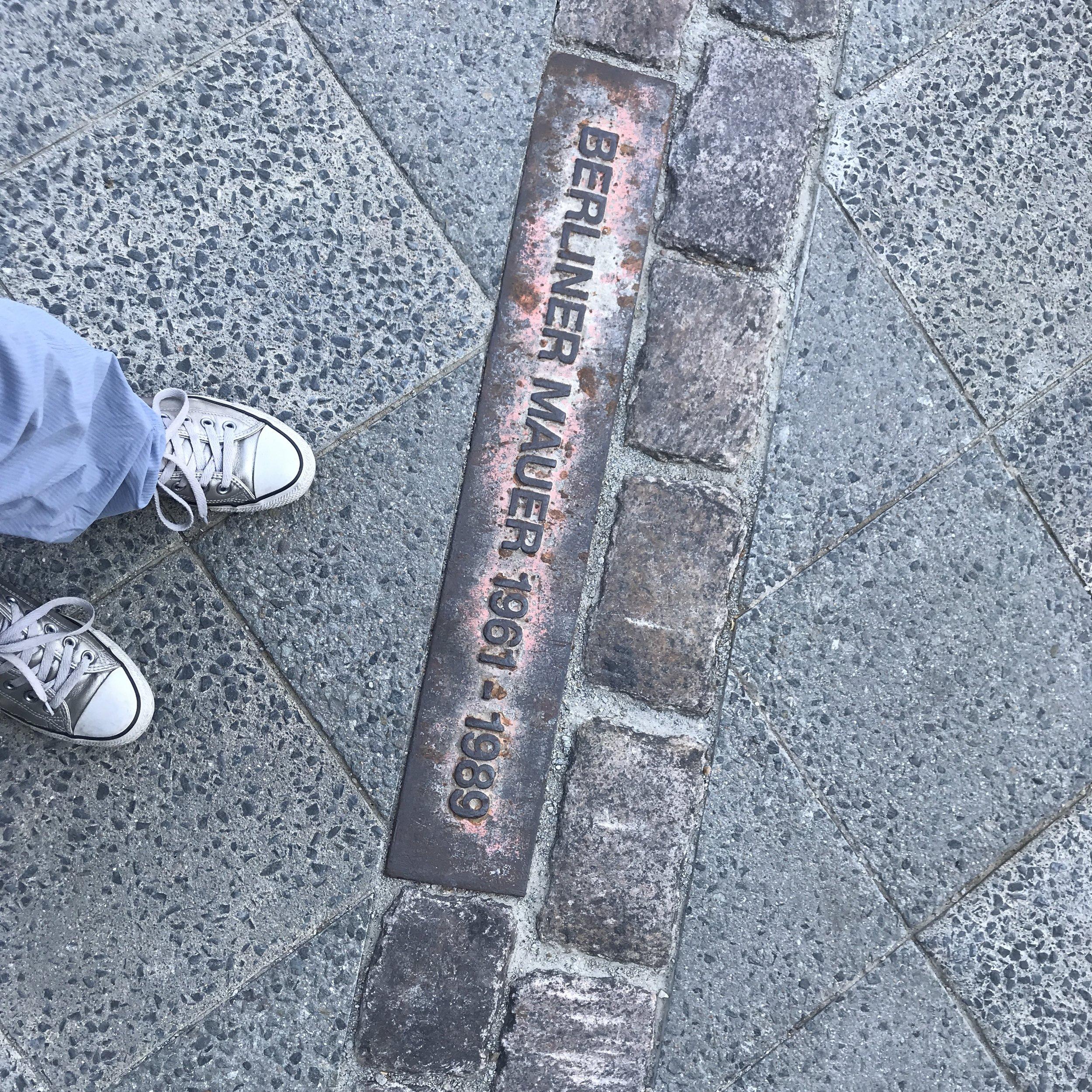 「ベルリンの壁 1961-1989」と読める側が、旧西ベルリンだったそう