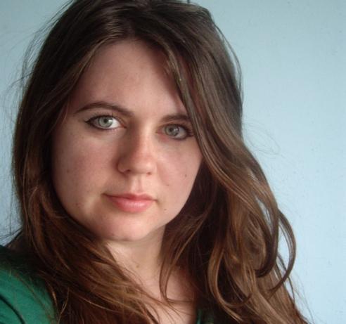 * DirectorProducer headshot Lindsey-Dryden2013-smaller.jpg